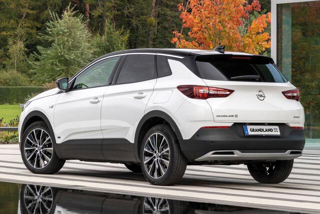 Uusi tehokas lataushybridi Opel Grandland X PHEV nyt nopeaan toimitukseen.